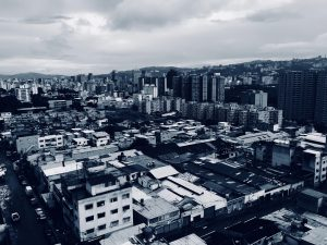 كيف دمر رؤساء فنزويلا شعبهم بسياساتهم الاشتراكية؟