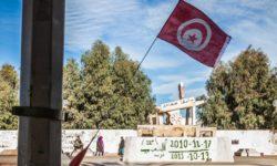 عربة محمد بوعزيزي باقية في المكان الذي أحرق نفسه فيه